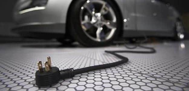 This City Just Got India's First Electric Vehicle Charging Station