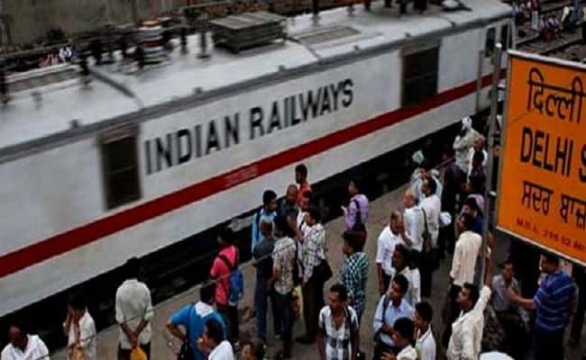 रेल संबंधी सभी समस्याओं का समाधान अब एक ही जगह पर... जून से हिन्दरेल (HindRail) ऐप लॉन्च