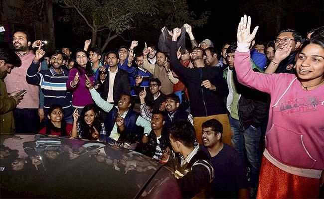 JNU Row: Rajnath Singh Trying To Communalise Issue, Says Manish Tewari