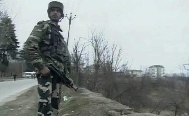 जम्मू-कश्मीर के शोपियां जिले में मुठभेड़, दो आतंकवादी मारे गए