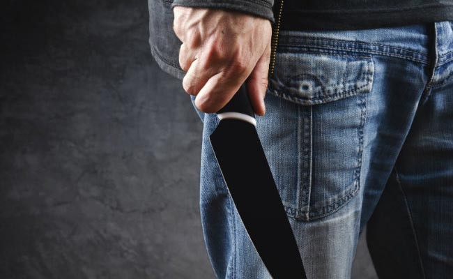 Man Attacks Girl With Knife After She Rejects His Advances