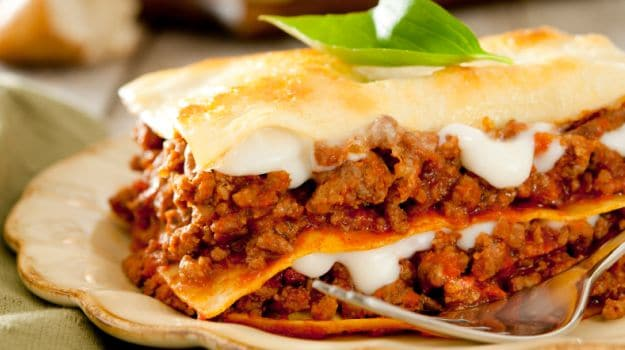 Layer it Up: How to Make Lasagne, the Cheesy and Meaty Treat