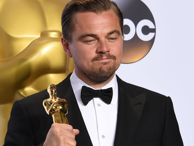 In Malaysia Fund Scandal, Hollywood Actor Leonard DiCaprio Returns Oscar Won By Brando