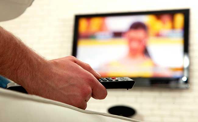 Keeping TV In Bedroom May Lead To Poor Grades: Study