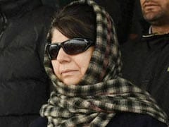 Deal Or No Deal? Mehbooba Mufti And BJP To Meet Governor