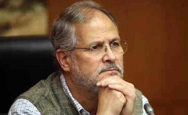 Shunglu Committee Submits Its Report To Delhi Lieutenant Governor Najeeb Jung
