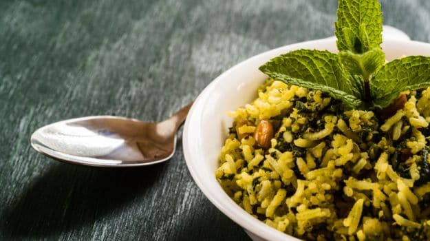How to Make Palak Rice: The Healthier Cousin of Biryani and Pulao