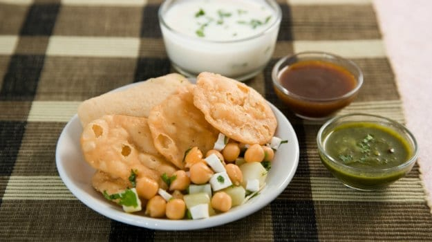 Indian Cooking Tips (Video): How To Make Masala Puri - An Ideal Snack To Pair With Your Evening Tea