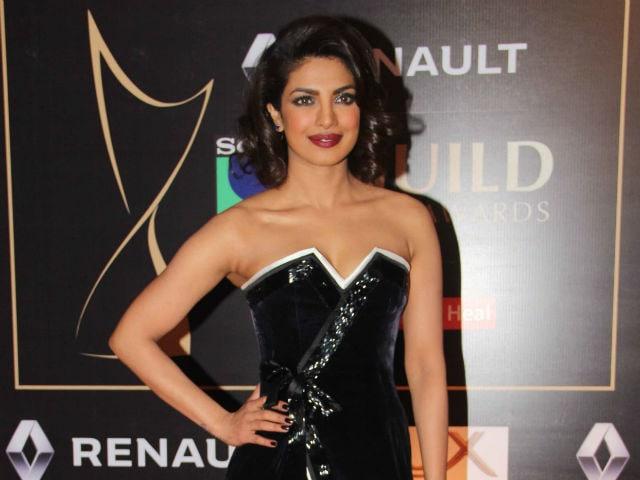 Here's What 7 Top Designers Want to See Priyanka Chopra Wear to The Oscars