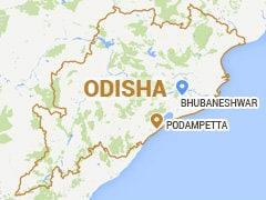 ओडिशा : कलाकारों को ले जा रही बस खाई में गिरी, 25 की मौत, 11 घायल