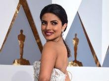 Oscars: Priyanka Chopra's Red Carpet Report Card, Marked by Twitter