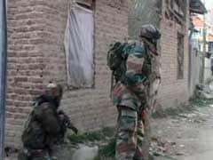 दक्षिण कश्मीर में तलाशी अभियान में मिले आतंकवादी, मुठभेड़ जारी