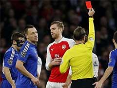 क्रिकेट में भी लागू हो सकता है फुटबॉल और हॉकी की तरह रेड कार्ड का नियम !