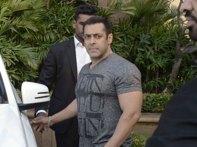 Salman Khan's Big-Hearted Gesture For a Film Set Worker