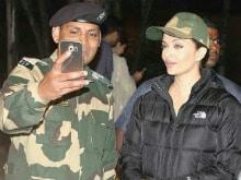Aishwarya Rai Bachchan's Selfie on the Sets of <I>Sarbjit</I> in Punjab
