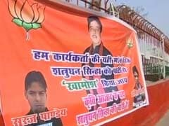 <i>Khamosh</i>, Says Banner Against Shatrughan Sinha, Courtesy BJP Youth Wing