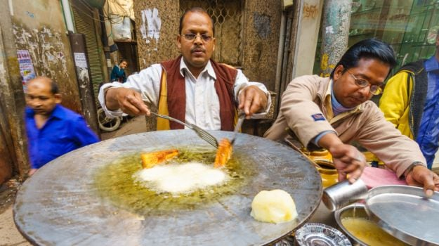 Street Foods of India: How Potatoes Dominate Here Completely
