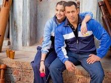 Farah Khan to Choreograph Salman, Anushka in <I>Sultan</i>