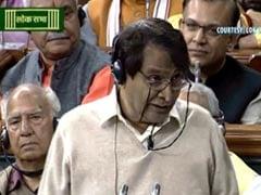 रेलवे के यात्री किराये और माल भाड़े को बढ़ा सकती है सरकार, कांग्रेस ने लगाया आरोप