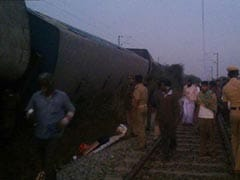 तमिलनाडु : वेल्लोर के पास पटरी से उतरी कन्याकुमारी-बेंगलुरु एक्सप्रेस, कई घायल