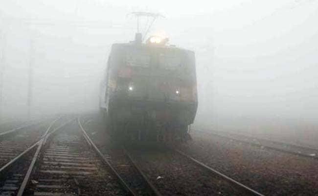 Online Portal RailYatri Brings 'Fog Alert' Feature To Alert Travellers Of Delays