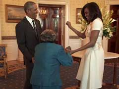 बराक ओबामा और मिशेल को 106 साल की महिला ने नचाया, वीडियो हुआ वायरल