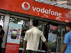 Government Can't Waive Tax on Vodafone, Cairn: Hasmukh Adhia