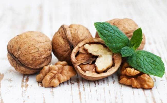 Walnuts May Help Fight Ageing Effects