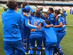 महिला क्रिकेट : वनडे में ऑस्ट्रेलिया ने भारत के सामने रखा 277 रनों का लक्ष्य
