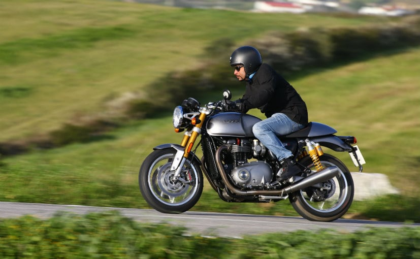 2016 Triumph Thruxton R Specifications