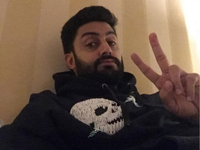 Trolled, Abhishek Bachchan Trends, Responds to 'Least Known Celeb' Tweet