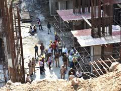 दिल्ली : नरेला में निर्माणधीन भवन की 13 वीं मंजिल से लिफ्ट गिरी, 12 मजदूर घायल