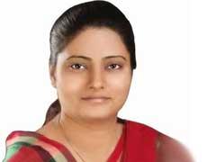 UP elections 2017: 'पिता-पुत्र' के बाद अब 'मां-बेटी' के बीच छिड़ा सियासी संग्राम