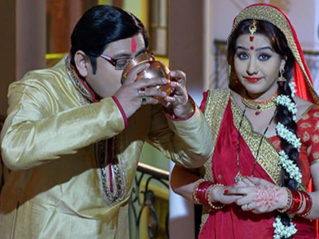 Shilpa Shinde's Bhabiji Co-Star 'Shocked' by Her Allegations