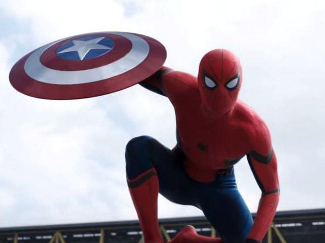 Captain America vs Iron Man: The Plot Thickens in New Civil War Trailer