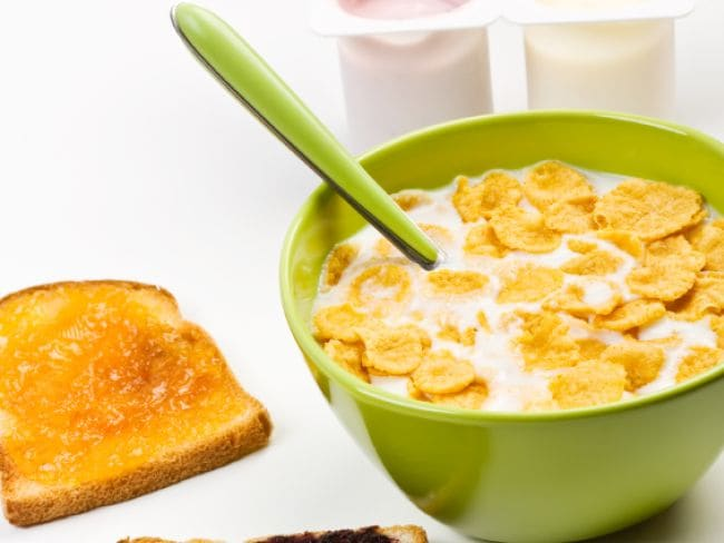 Eating White Bread And Cornflakes Can Cause Lung Cancer In Hindi