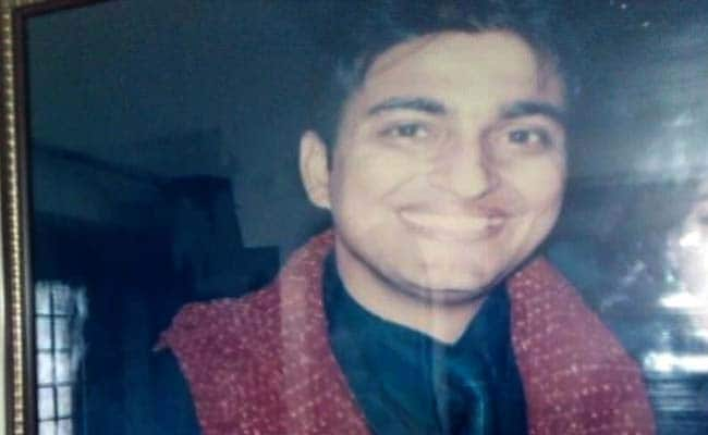 Delhi Dentist Dragged Out Of Home, Beaten To Death With Hockey Sticks