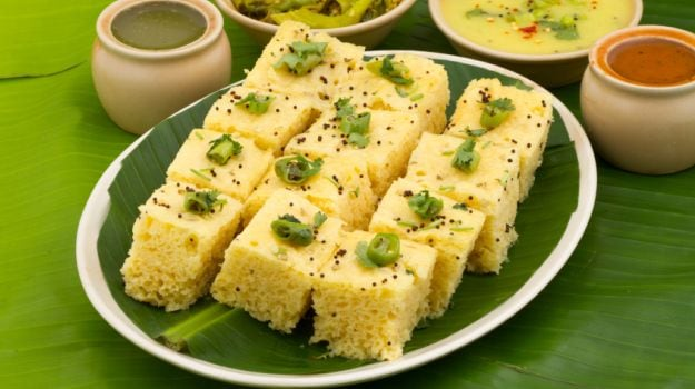 What Makes Dhokla One Of The Healthiest Evening Snacks?