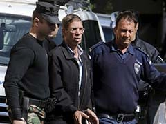 Cyprus Remands Suspected EgyptAir Hijacker Who Wanted To See Ex-Wife