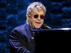 Pop Legend Elton John Announces Final Tour