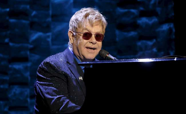 Elton John Caught 'Potentially Deadly' Infection On Tour
