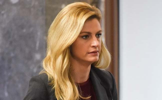 Sports Broadcaster Erin Andrews Awarded 55 Million By Us -7049