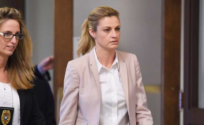 The Ordeal Of Sportscaster Erin Andrews Oh My Godi Was Naked All Over The Internet-9338