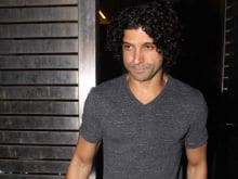 Farhan Akhtar Doesn't Want to Comment on Link-up Rumours. Here's Why