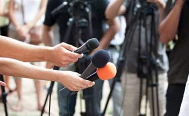 कहीं पत्रकारिता की शक्ल अचानक बदलने तो नहीं लगी...?