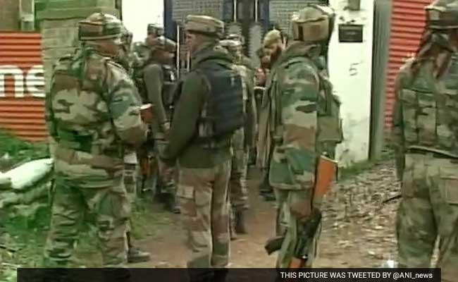 3 Injured In Grenade Attack In Kashmir