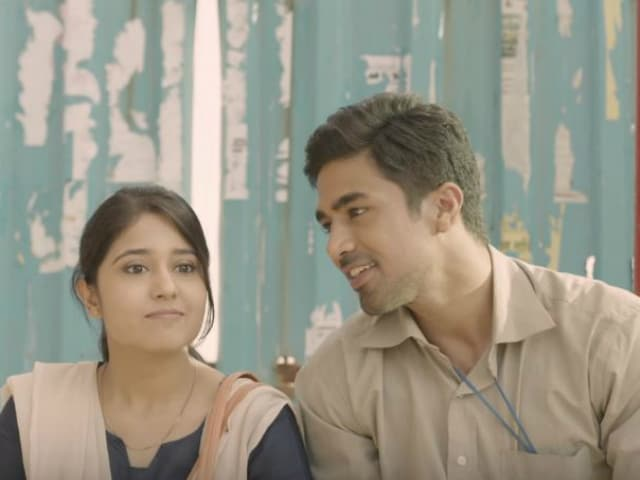 Koi Dekh Lega: There's Something Unique About This Bus Stop Love Story
