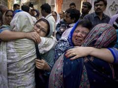 Pakistan Army Crackdown As Families Bury Victims Of Easter Blast