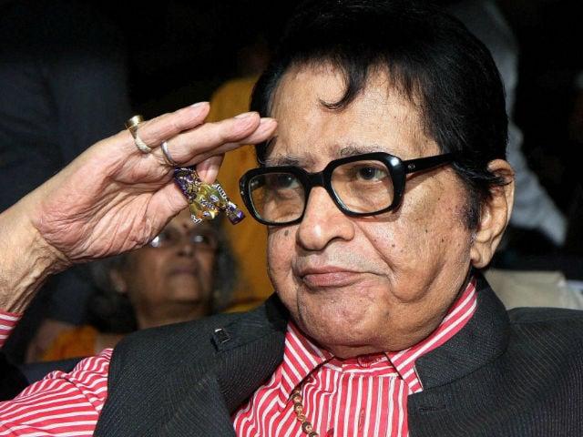 After Dadasaheb Phalke Award, Manoj Kumar Promises to 'Be More Active'