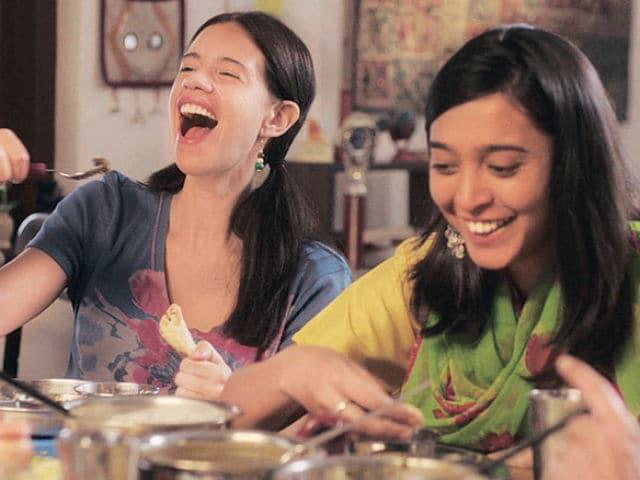 Kalki Koechlin is a 'Massive Support System' For Sayani Gupta